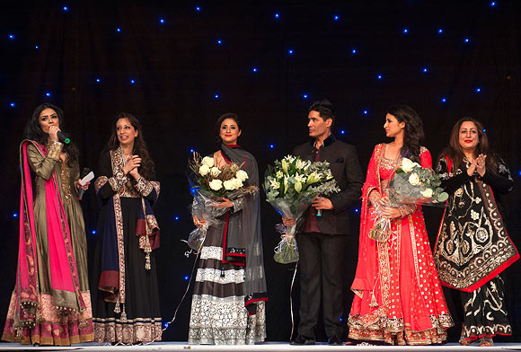 Left to right: Hajra Mian, Ratika Puri Kapur, Urmila Matondkar, Manish Malhotra, Parineeti Chopra and Angeli Kapoor Puri