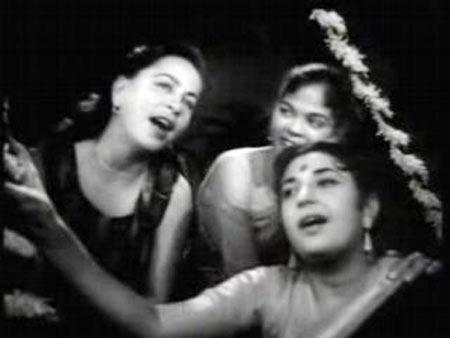 A scene from Dil Apna Preet Parayi