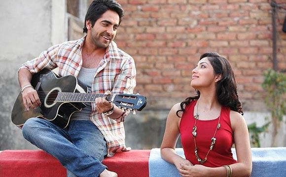 Ayushmann Khurrana with costar Yami Gautam in Vicky Donor