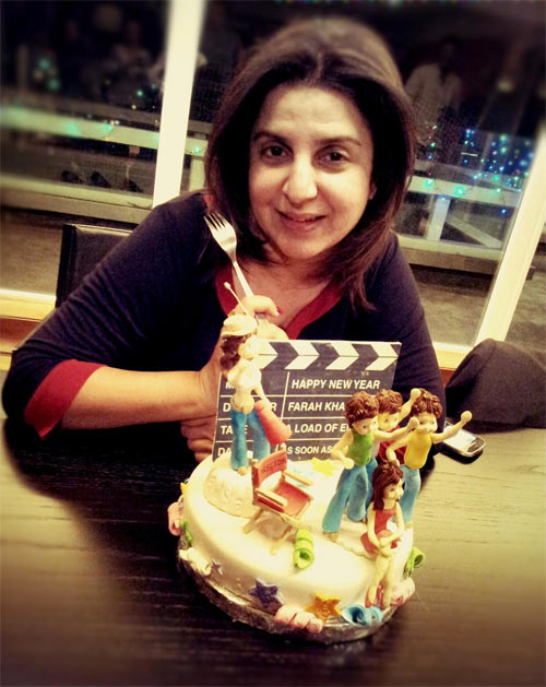 Shah Rukh Brings In Farah Khans Birthday Rediff Movies