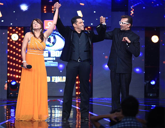 Urvashi, Salman Khan and Imam at the Bigg Boss 6 finale