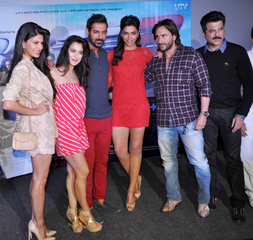 Jacqueline Fernandes, Ameesha Patel, John Abraham, Deepika Padukone, Saif Ali Khan and Anil Kapoor