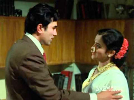 Rajesh Khanna and Seema Deo in Anand