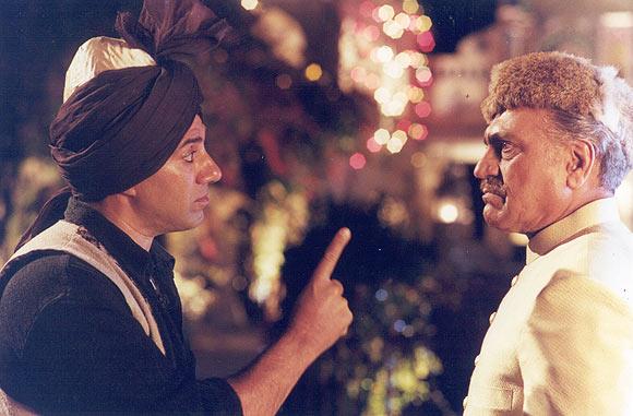 Sunny Deol with Amrish Puri in Gadar