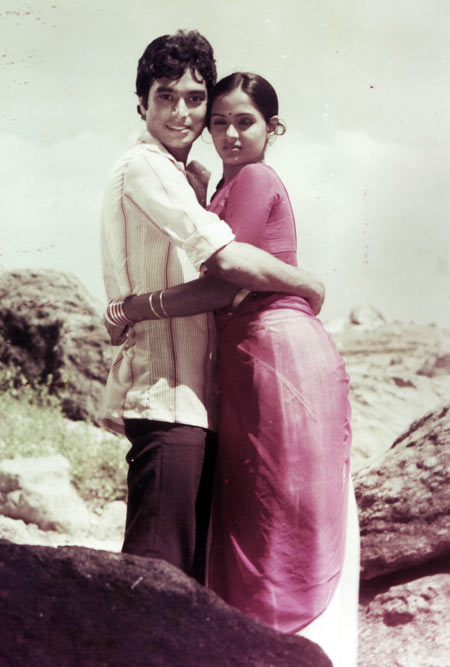 A scene from Alaigal Oyvadhillai