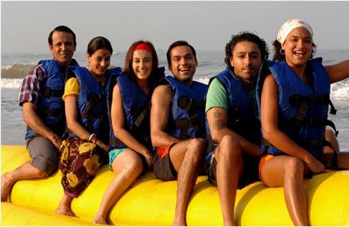 Kay Kay Menon, Raima Sen, Minissha Lamba, Abhay Deol, Vikram Chatwal and Sandhya Mridul in Honeymoon Travels Pvt Ltd.