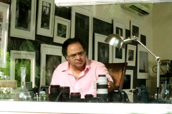 Farooque Shaikh in Listen Amaya