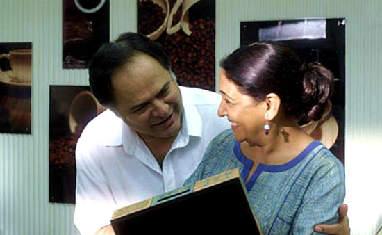 Deepti Naval and Farooque Shaikh