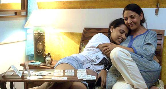 Deepti Naval and Swara Bhaskar in Listen Amaya