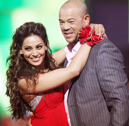 Andrew Symonds and Bipasha Basu