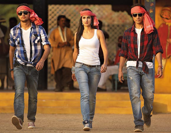 Imran Khan, Katrina Kaif and Ali Zafar in Mere Brother Ki Dulhan