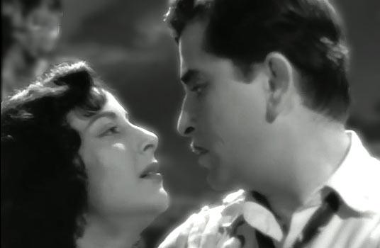 Nargis Dutt and Raj Kapoor in Chori Chori