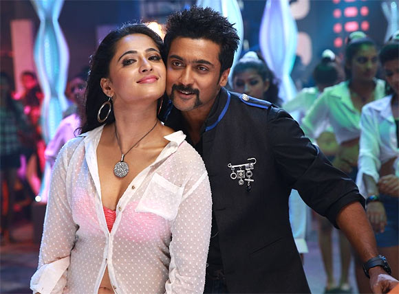 Anushka Shetty and Suriya in Singham 2