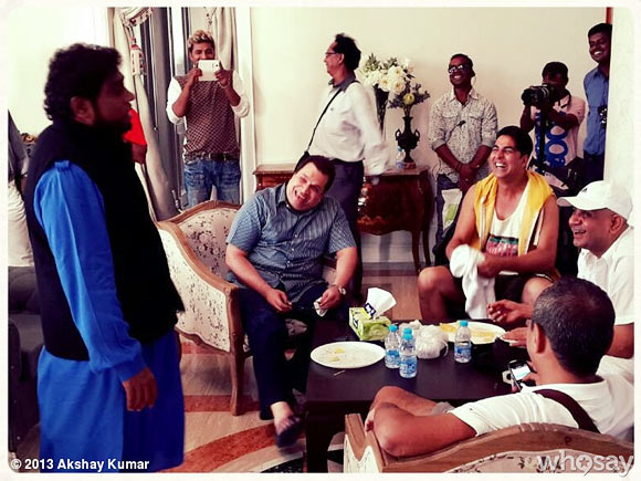 Johnny Lever and Akshay Kumar with the crew of Boss