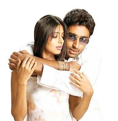 Bhoomika Chawla and Abhishek Bachchan in Run