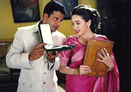 Manoj Bajpayee and Karisma Kapoor in Zubeidaa