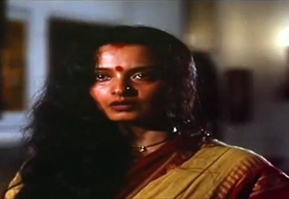Rekha in Aastha