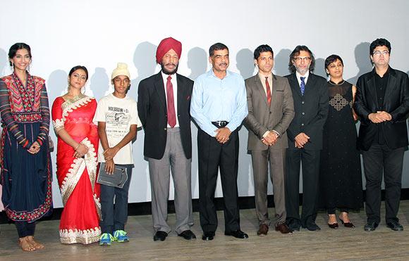 Sonam Kapoor, Divya Dutta, Milkha Singh, Farhan Akhtar, Rakeysh Omprakash Mehra, PS Bharathi, Prasoon Joshi