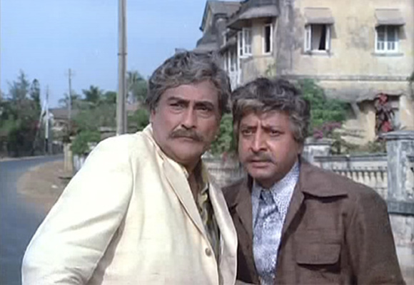 Ashok Kumar and Pran in Victoria No 203 (1972)