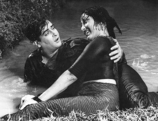 Shammi Kapoor and Mala Sinha in Dil Tera Deewana
