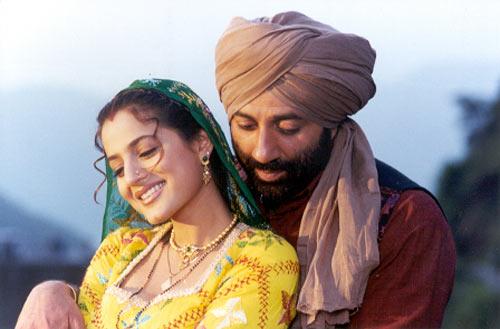 Ameesha Patel and Sunny Deol in Gadar: Ek Prem Katha