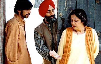Kirron Kher in a scene from Khamosh Pani