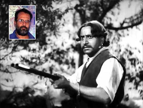 Pran in Jis Des Mein Ganga Behti Hai. Inset: Aanand L Rai