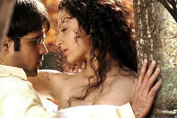 Emran Hashmi and Kangna Ranaut in Gangster
