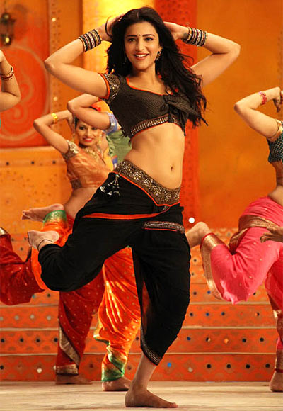 Shruti Haasan in Balupu