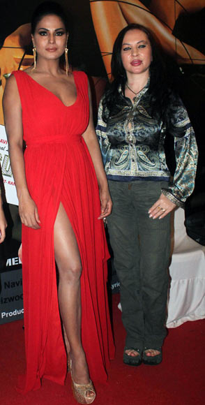 Veena Malik and Nataliya Kozhenova