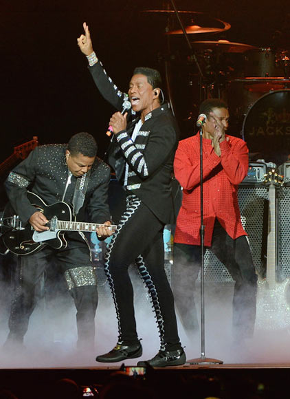 Tito, Jermaine and Jackie Jackson live on stage