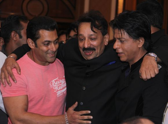 Salman Khan, Baba Siddiqui and Shah Rukh Khan