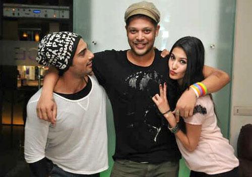 Prateik Babbar with Amyra Dastur