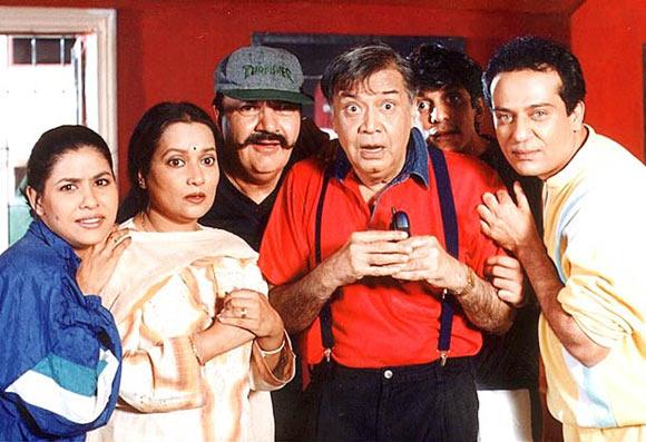 Irawati Harshe, Himani Shivpuri, Prem Chopra, Deven Varm, Yatin Karyekara,