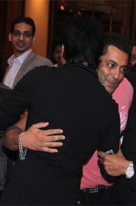 Shah Rukh Khan and Salman Khan at the Iftar party