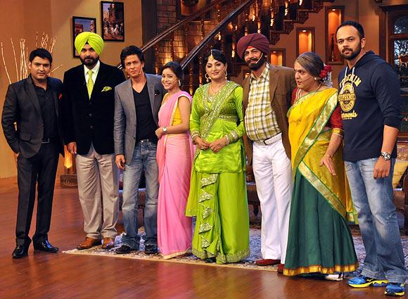 Kapil Sharma, Navjot Singh Siddhu, Shah Rukh Khan, Sumona Chakravarti, Upasana Singh, Sunil Grover, Ali Asgar and Rohit Shetty