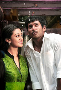 Aishwarya and Vishal in Pattathu Yaanai