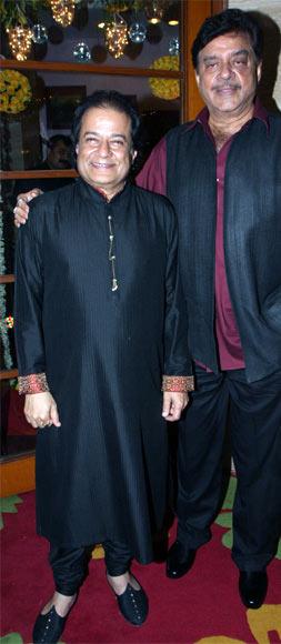Anup Jalota and Shatrughan Sinha