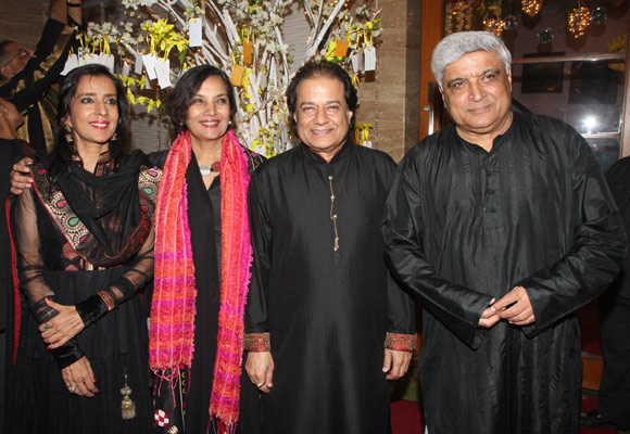 Shabana Azmi and Javed Akhtar with Anup and Medha Jalota