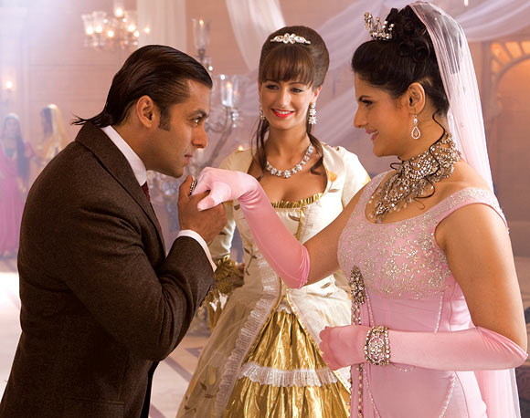 Salman Khan and Zarine Khan in Veer