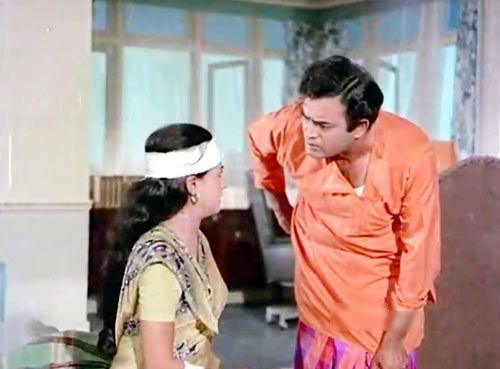 Jaya Bachchan and Sanjeev Kumar in Anamika