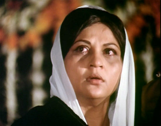 Nirupa Roy in Amar Akbar Anthony