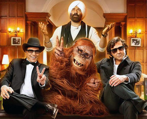 Dharmendra, Sunny and Bobby Deol in Yamla Pagla Deewana
