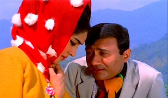 Vyjayanthimala and Dev Anand in Jewel Thief