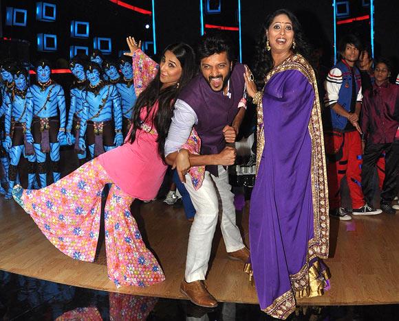 Vidya Balan, Riteish Deshmukh and Geeta Kapoor