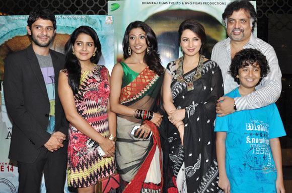 Arjun Mathur, Vishaka Singh, Paoli Dam, Tisca Chopra, director Suhail Tatari and Vishesh Tiwari