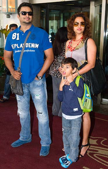 R Madhavan with wife Sarita and son Vedant