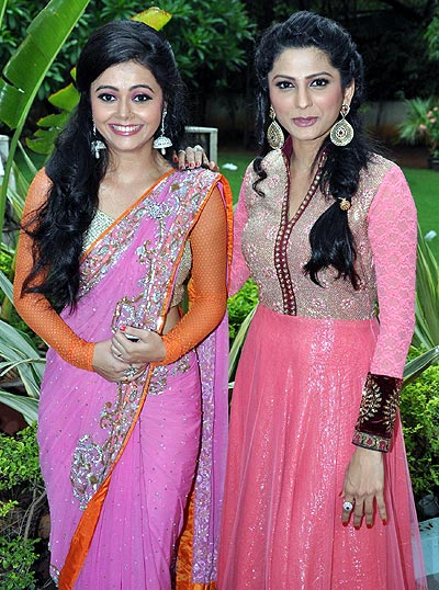 Devoleena Bhattacharjee and Rucha Hasabnis