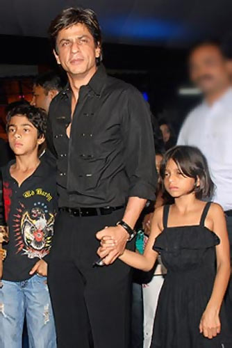 Aryan Khan, Shah Rukh Khan and Suhana Khan