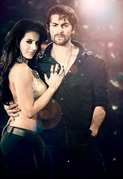 Amessha Patel and Neil Nitin Mukesh in Shortcut Romeo